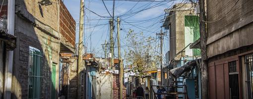 La Cámara de Apelaciones convocó a una Mesa de Trabajo por el riesgo eléctrico en la Villa 21-24