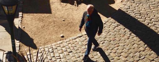Ordenan al GCBA preservar y reponer los adoquines en las calles de Palermo